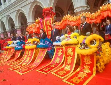 北京舞狮的颜色有什么讲究?